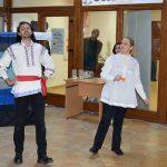 """Teatru de păpuși: """"Vasilache și Mărioara"""""""